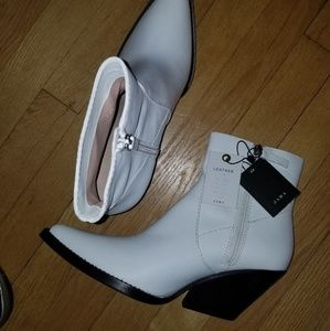 Zara White Leather Ankle Boots